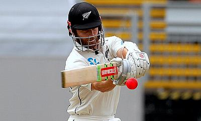 Pakistan v New Zealand 3rd Test Day 1 - Battling Kiwis owe it to Williamson & Watling