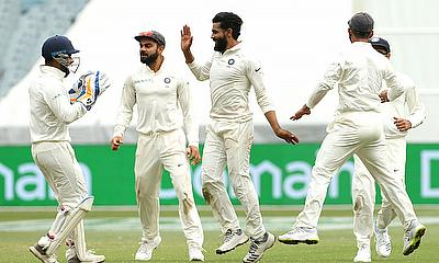 India in reach of historic win at the MCG despite Cummins heroics