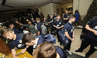 Wolves arrive in Colombo