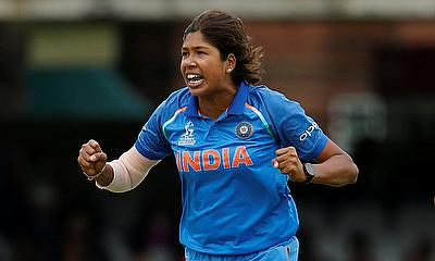 Jhulan Goswami Back at Top of ODI Rankings