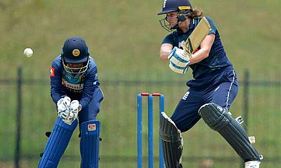 Nat Sciver on her way to a 73-ball 93