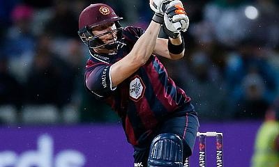 Northamptonshire beat Warwickshire by 194 runs in RLC