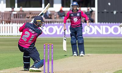 Royal London Cup - Northants Steelbacks 290-6 beat Leicestershire Foxes 261-9 by 29 runs
