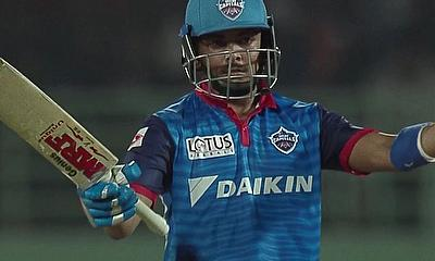 Delhi Capitals win thrilling IPL eliminator clash with Sunrisers Hyderabad