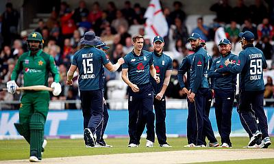 England beat Pakistan by 54 runs in the 5th and final ODI of the Series