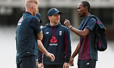 England's Eoin Morgan and Jofra Archer during nets