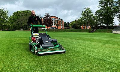 Dennis PRO 34R - the ultimate rotary mower