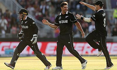 New Zealand's Colin de Grandhomme celebrates