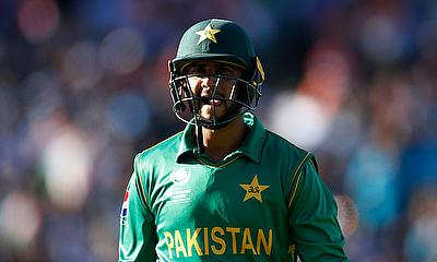 Pakistan All Rounder Imad Wasim Signs For Outlaws