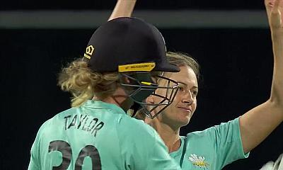Surrey Stars beat Lancashire Thunder by 8 wickets