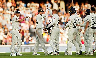 5th Ashes Test Day 4: England beat Australia by 135 runs