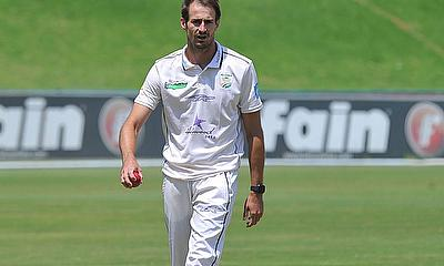 Hollywoodbets Dolphins hunting wickets on second morning in Pretoria