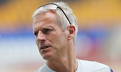 Peter Moores Signs New Contract with Nottinghamshire CCC