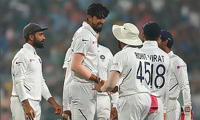 India declare on 347/9, and Ishant Sharma promptly takes two wickets