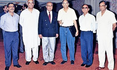 (L to R) Salimullah, Gul Hameed Bhatti, Taher Memon, Rehanullah Siddiqi, Ejaz Mirza and Afaq Ahmed.