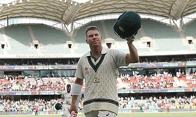 Warner turns it on against listless Pakistan