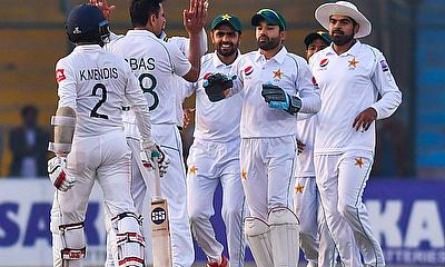2nd Test - Honours even between Pakistan and Sri Lanka on Day 1