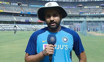 Rohit Sharma Celebrates ICC ODI Player of the Year Award