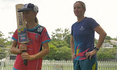Australia's Beth Mooney meets young fans in Brisbane after ICC Women's T20 World Cup 2020 selection