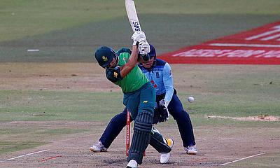 South Africa's Reeza Hendricks in action