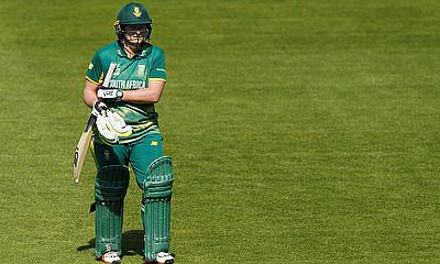Lizelle Lee Leads Record-breaking Day for Proteas
