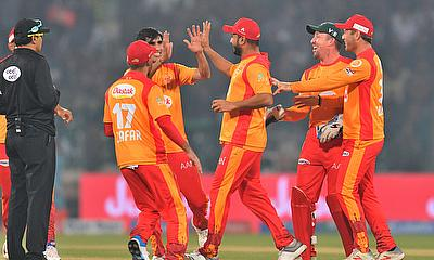 HBL PSL 2020 : Islamabad United beat Lahore Qalandars by 71 runs