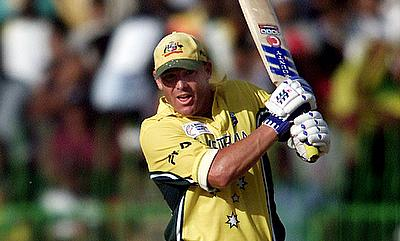 Who would have predicted that: When Brett Lee and Shane Warne won Australia a match with the bat