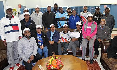 New Certified level 2 coaches poses with Michael ChChambers,resident, USA Cricket Hall of Fame & Violette Haldane, President – The West Indian Foundat