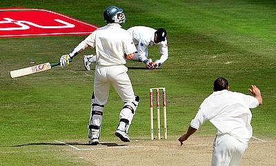 The Best of Tests: Kasprowicz gloves one from Harmison, England pull off 2-run heist in 2005 Ashes