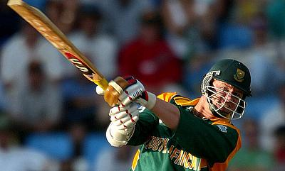 Who would have predicted that: Lance Klusener clubs last ball for giant six to take South Africa to win in low-scoring thriller