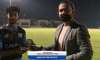 Vriitya Aravind receives Player of the Match Award