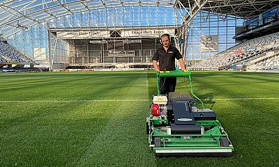 Dennis PRO 34R a time saver at the Forsyth Barr Stadium