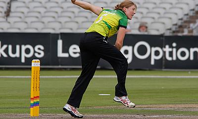 Heather Knight in action