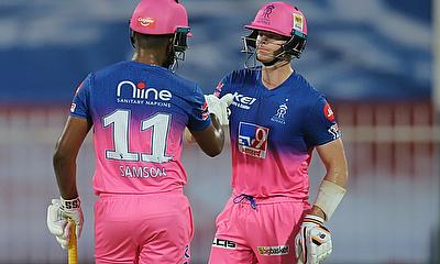 Steve Smith (69: 47b, 4x4, 4x6) and Sanju Samson (74: 32b, 1x4, 9x6)