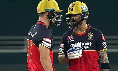 Kohli and AB have a chat