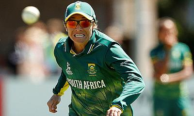 South Africa's Mignon du Preez in action