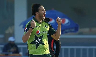 Usman Qadir 1-24 on debut for Pakistan