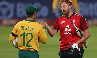 Jonny Bairstow with South Africa's Quinton de Kock