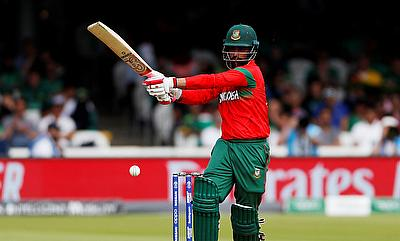 CWI and BCB agree tour subject to finalization
