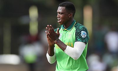 Lungi Ngidi 3-18 off 4 overs for the Titans