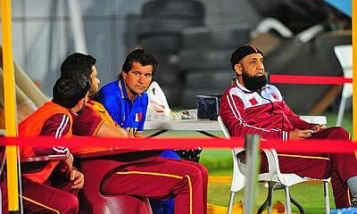 A Pakistan coaching dilemma