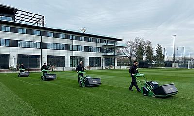 Scott Brooks, Grounds Manager at OGC Nice in France, believes that when it comes to battery-powered cylinder mowers, there is nothing that compares to
