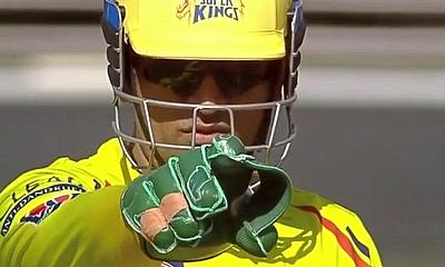 MS Dhoni points the way to the top for CSK