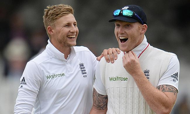 Joe Root (left) and Ben Stokes