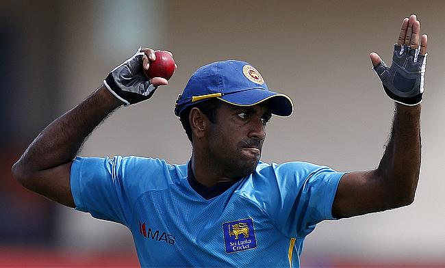 Injured Dhammika Prasad replaced by Vishwa Fernando