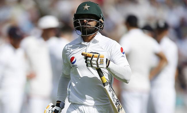 Mohammad Hafeez was dismissed for a duck after facing seven deliveries.