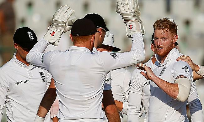 Ben Stokes (right) celebrating the wicket of Virat Kohli