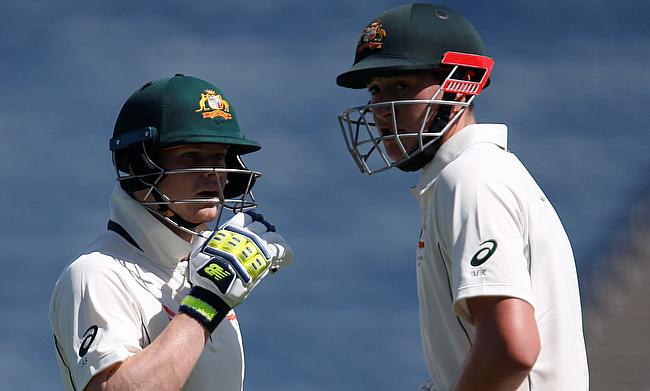 Steve Smith (left) and Matt Renshaw (right) in action