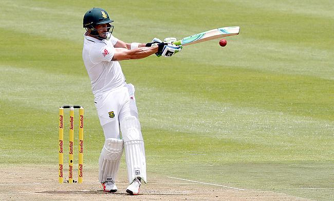 Faf du Plessis is expected to arrive in England later this week