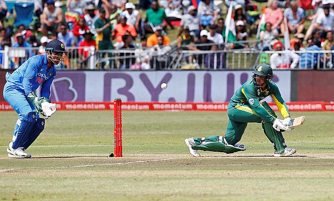 Quinton de Kock (right) to miss the ODI and T20I series against India
